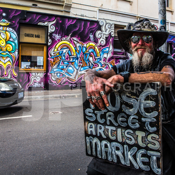 Poet and the Artists Market